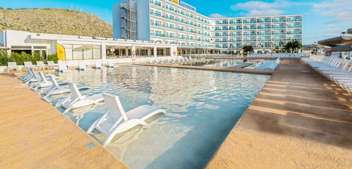 BlueBay Hotels registra en España una ocupación media del 89,2% entre junio y septiembre, 16 puntos por encima de la media nacional