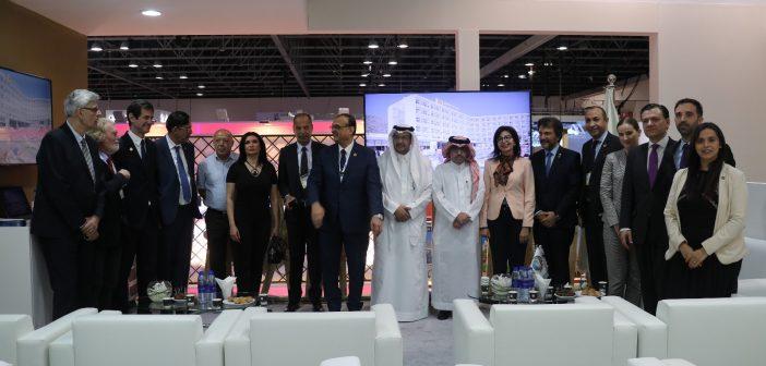 BlueBay Hotels participa en Arabian Travel Market por sexto año consecutivo