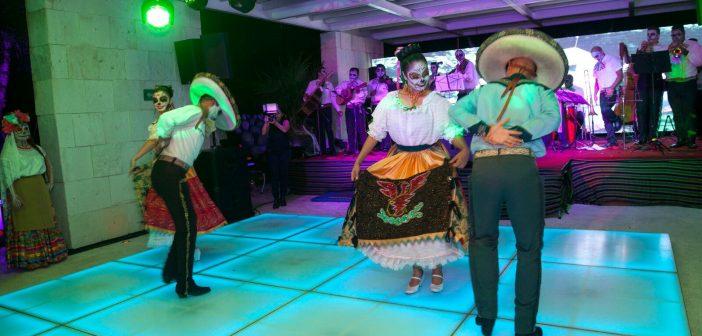 BlueBay Hotels rinde homenaje a México en una fiesta que reúne a más de un centenar de personas