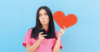 Are you looking for love while traveling? Check out these apps