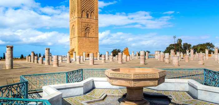 Morocco closes cafes, restaurants and cinemas, but mosques remain open